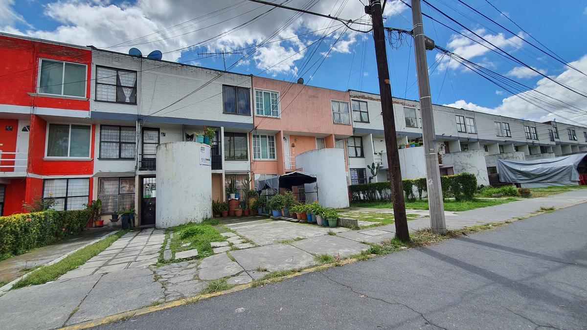 Foto Casa en Venta en  San Francisco,  Metepec  Casa en Venta en Metepec, Infonavit San Francisco