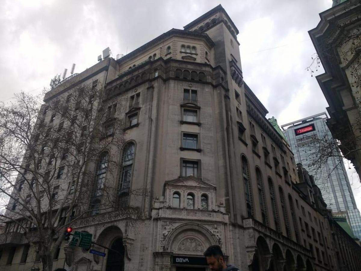Foto Oficina en Alquiler en  Microcentro,  Centro (Capital Federal)  RECONQUISTA 40