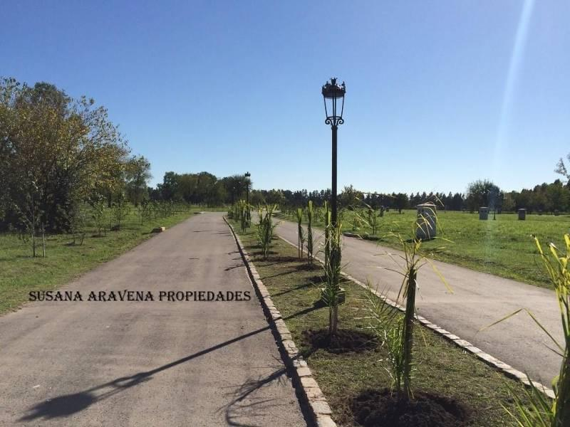 Foto Terreno en Venta en  Pilar ,  G.B.A. Zona Norte  Pilar
