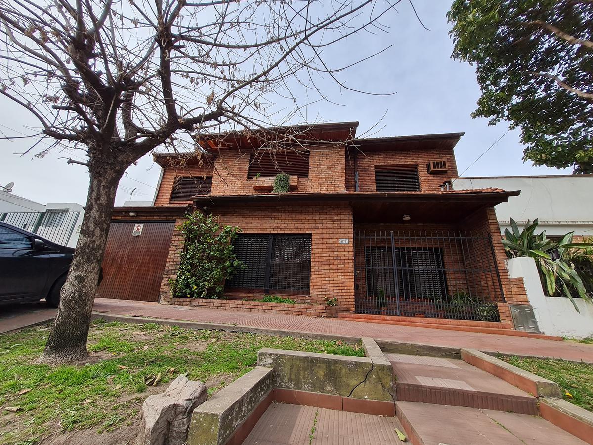 Foto Casa en Venta en  San Miguel ,  G.B.A. Zona Norte  Italia al 1500