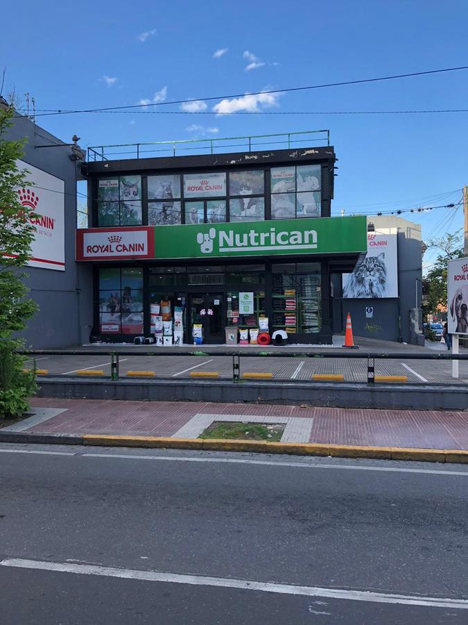 Foto Local en Alquiler en  San Fernando ,  G.B.A. Zona Norte  av peron al 800