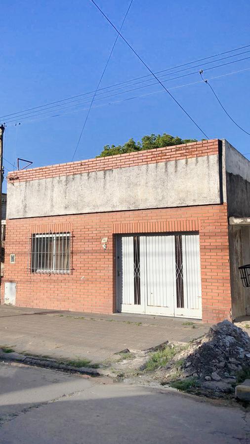 Foto PH en Venta en  Ensenada,  Ensenada  Dr Santilli n° 33