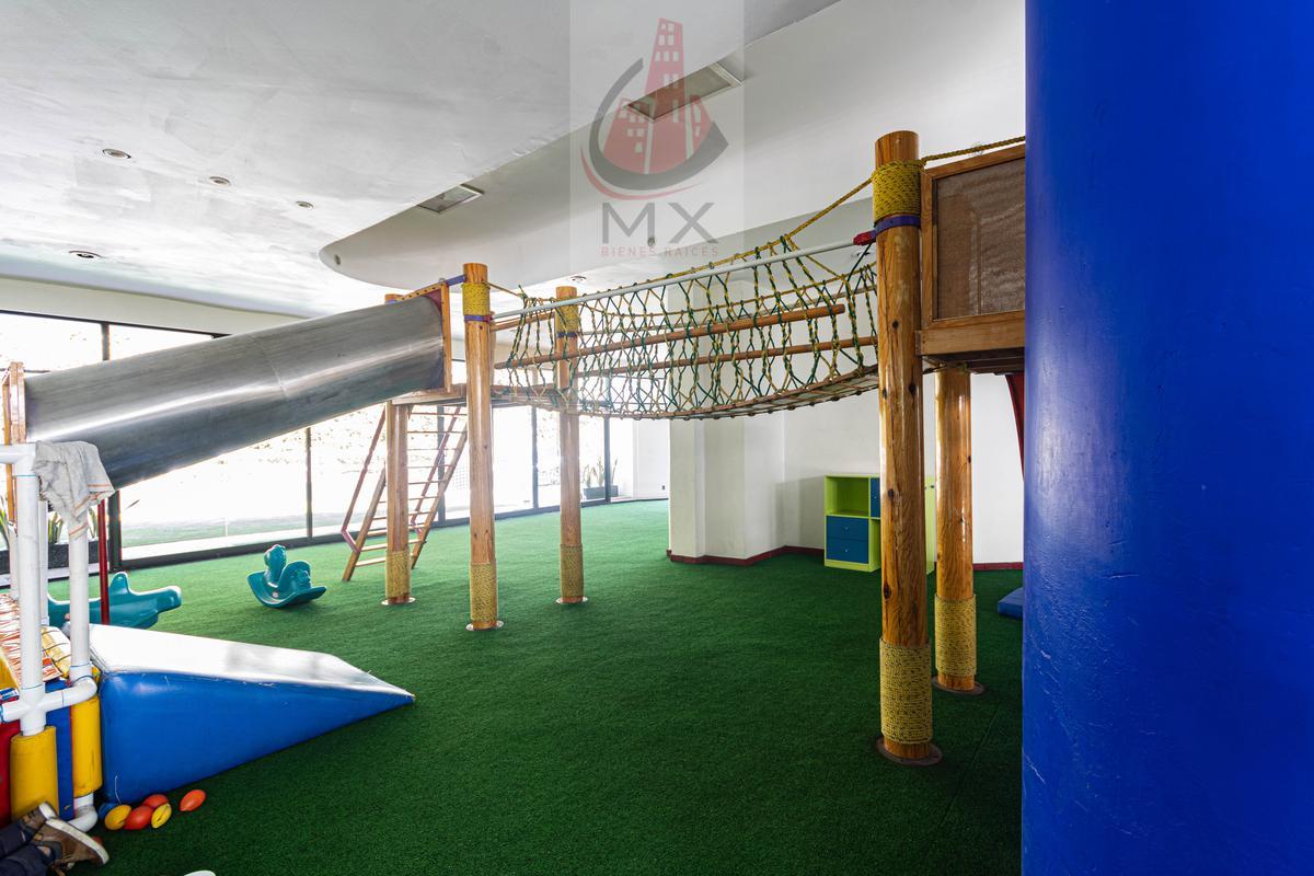 Foto Departamento en Venta en  Lomas Country Club,  Huixquilucan  Departamento en La Cima Av. Club de Golf