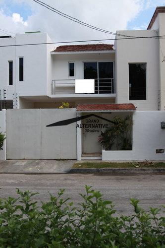 Foto Casa en Renta en  Cancún Centro,  Cancún  CASA EN RESIDENCIAL ESMERALDA