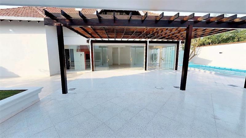 Foto Casa en Alquiler en  Fernando de la Mora ,  Central  Zona Quartier Las Marías