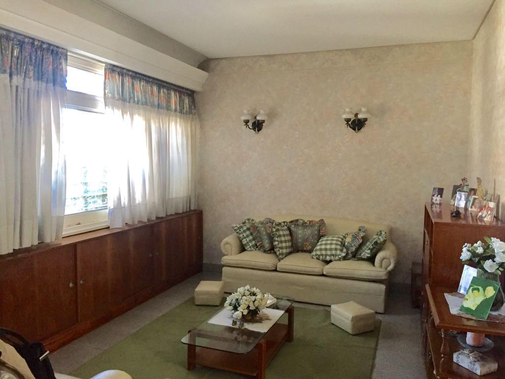 Foto Casa en Venta en  Ituzaingó,  Ituzaingó  2º Rivadavia 22000