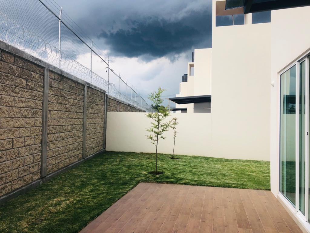 Foto Casa en condominio en Renta en  San Luis Mextepec,  Zinacantepec  Antonio Pliego Villaba