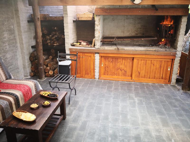 Foto Casa en Alquiler en  Carrasco ,  Montevideo  Lomas de la Tahona