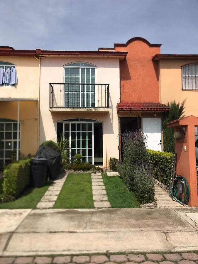 Foto Casa en Venta en  Toluca ,  Edo. de México  CASA EN VENTA PASEOS DEL VALLE