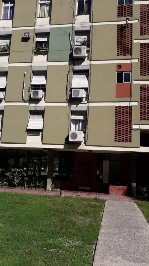 Foto Departamento en Venta en  Avellaneda ,  G.B.A. Zona Sur  Alsina al 800