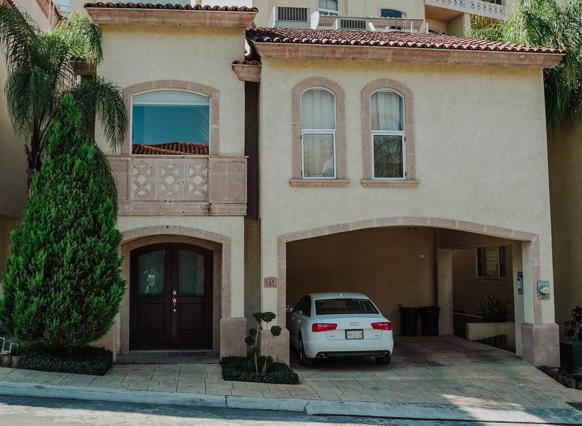 Foto Casa en Venta en  Los Angeles,  Monterrey  CASA VENTA PRIV. LOS ANGELES SAN PEDRO