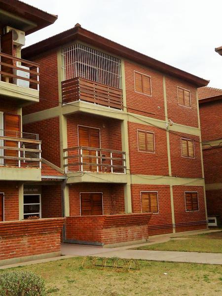 Foto Departamento en Alquiler en  Plan Vial P.S.C.,  Santa Rosa  Plan Vial