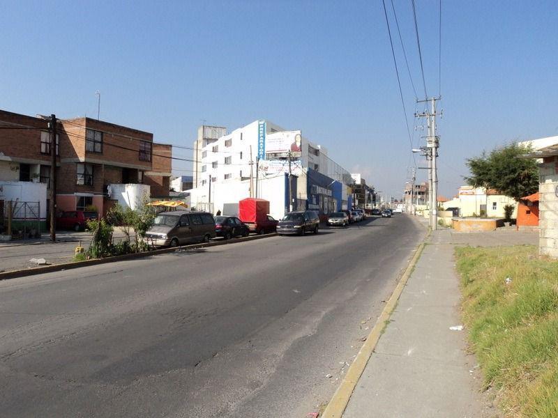 Foto Bodega Industrial en Renta en  Coaxustenco,  Metepec  Coaxustenco