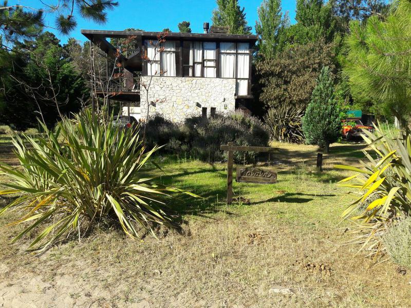 Foto Casa en Venta en  Mar De Las Pampas ,  Costa Atlantica  WALABIS Querandies y Macedonio Fernandez