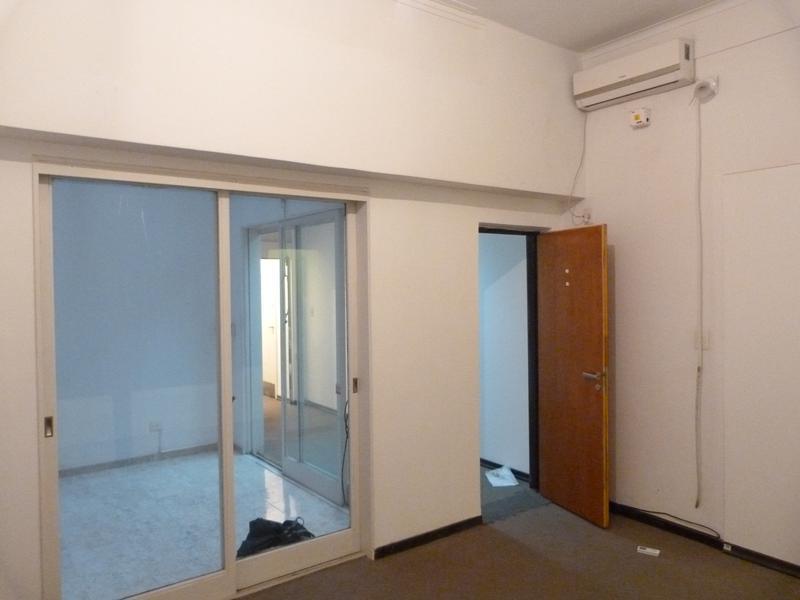 Foto Departamento en Alquiler en  Tribunales,  Centro          Viamonte al 1300, esquina Talcahuano.