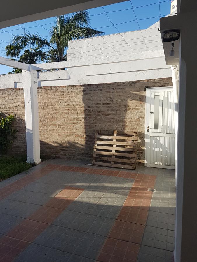 Foto Casa en Venta en  Santa Fe,  La Capital  sarmiento al 6700