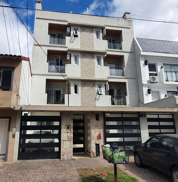 Foto Departamento en Venta en  Lomas De Zamora ,  G.B.A. Zona Sur  Simon Bolivar 391