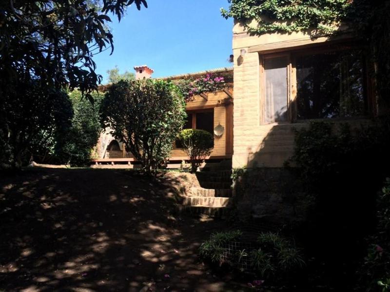 Foto Casa en Venta en  Cumbayá,  Quito  Cumbayá, 4 dormitorios, urbanización exclusivo, una planta