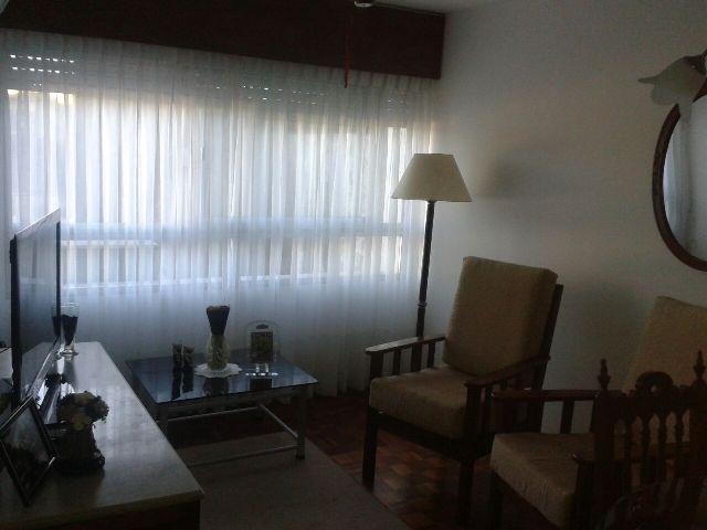 Foto Apartamento en Venta en  Colonia del Sacramento ,  Colonia  Apartamento de 1 dormitorio sobre Gral. Flores