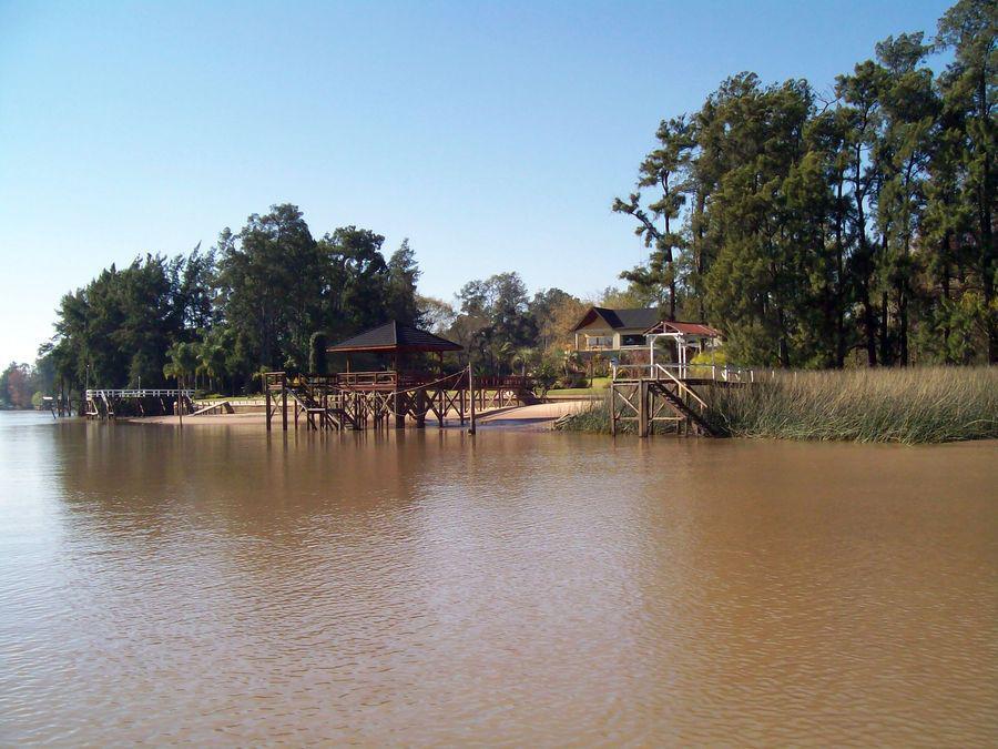 Foto Casa en Alquiler en  Capitan,  Zona Delta Tigre  Río Capitán Alquiler