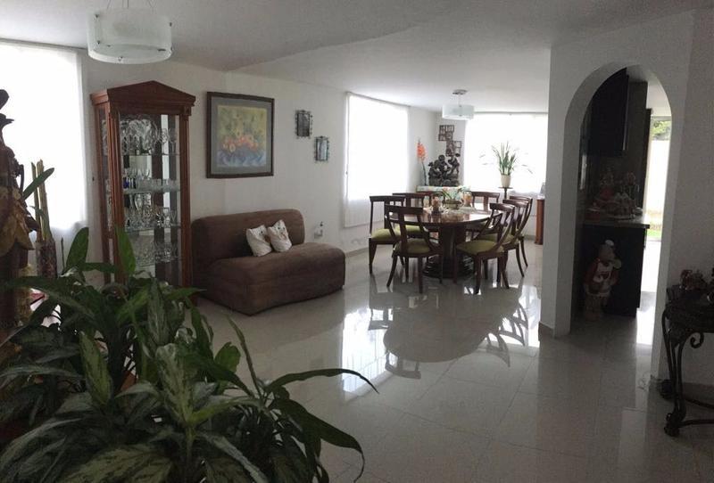 Foto Casa en Venta en  Tumbaco,  Quito  TUMBACO, VENTA CASA EN CONJUNTO CERRADO MS