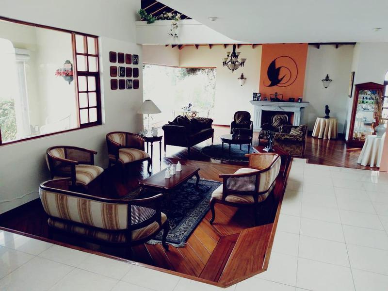 Foto Casa en Venta | Alquiler en  Norte de Quito,  Quito  COLEGIO EINSTEIN
