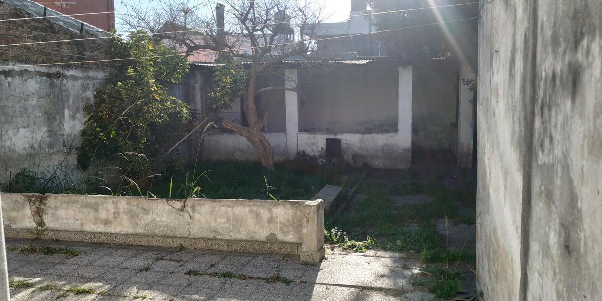 Foto Casa en Venta en  Lanús ,  G.B.A. Zona Sur  MURATURE al 3000