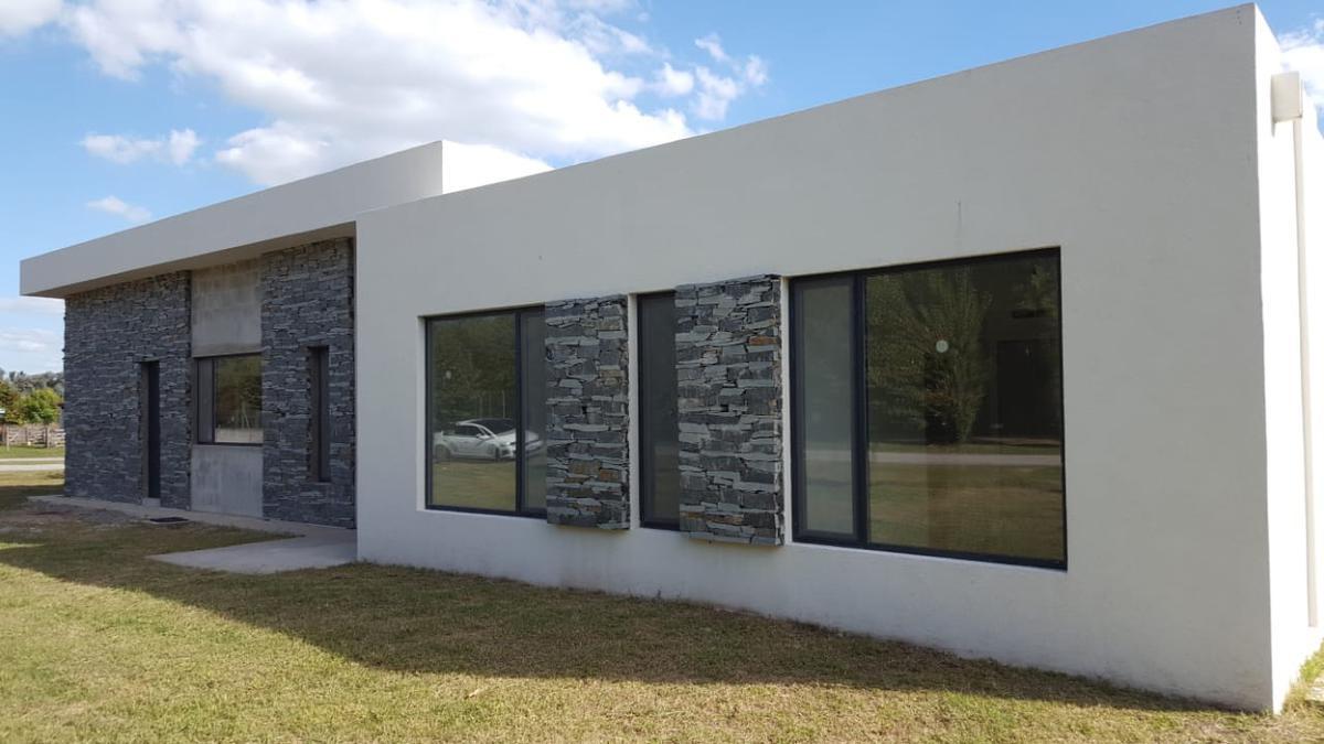 Foto Casa en Venta en  Chacras de la Reserva,  Countries/B.Cerrado  29 chacras de la reserva