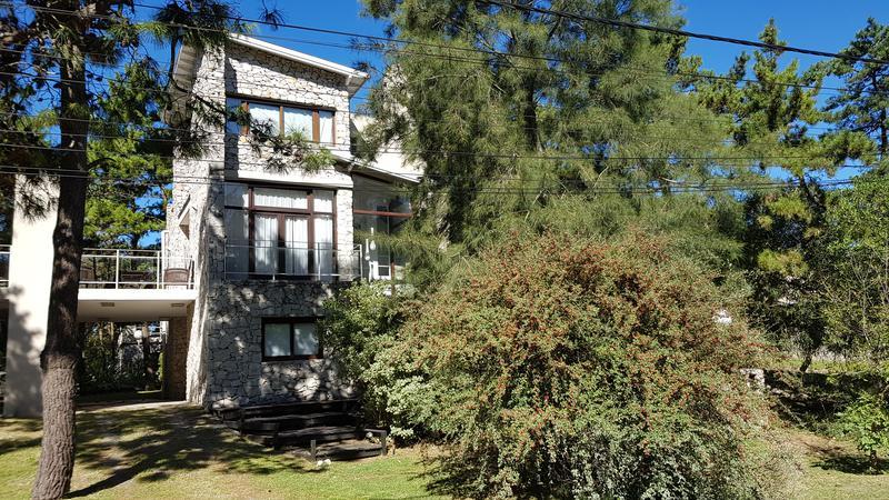 Foto Casa en Alquiler temporario en  Mar De Las Pampas ,  Costa Atlantica     LA NIÑA