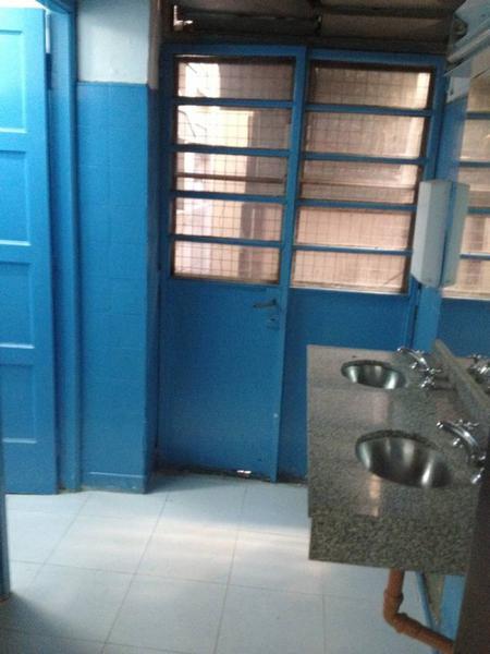 Foto Oficina en Alquiler en  Microcentro,  Centro  Piedras al 100