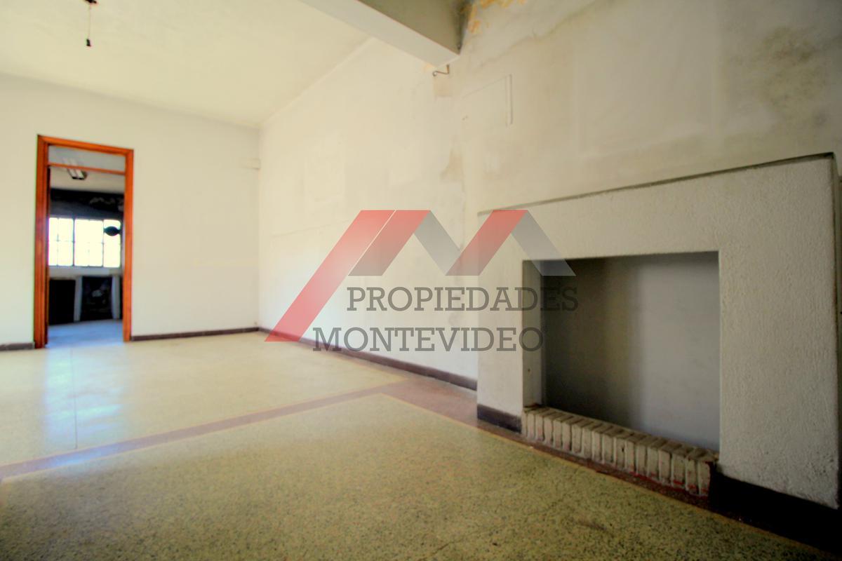 Foto Apartamento en Venta en  La Comercial ,  Montevideo  Dr. Juan José de Amezaga al 2100