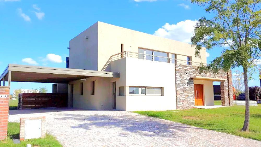 Foto Casa en Venta en  Escobar ,  G.B.A. Zona Norte  Casa en venta en canton 3 dorms con buena vista CON RENTA
