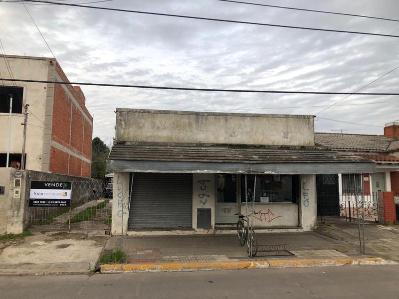 Foto Casa en Venta en  Ezeiza ,  G.B.A. Zona Sur  Urquiza 241