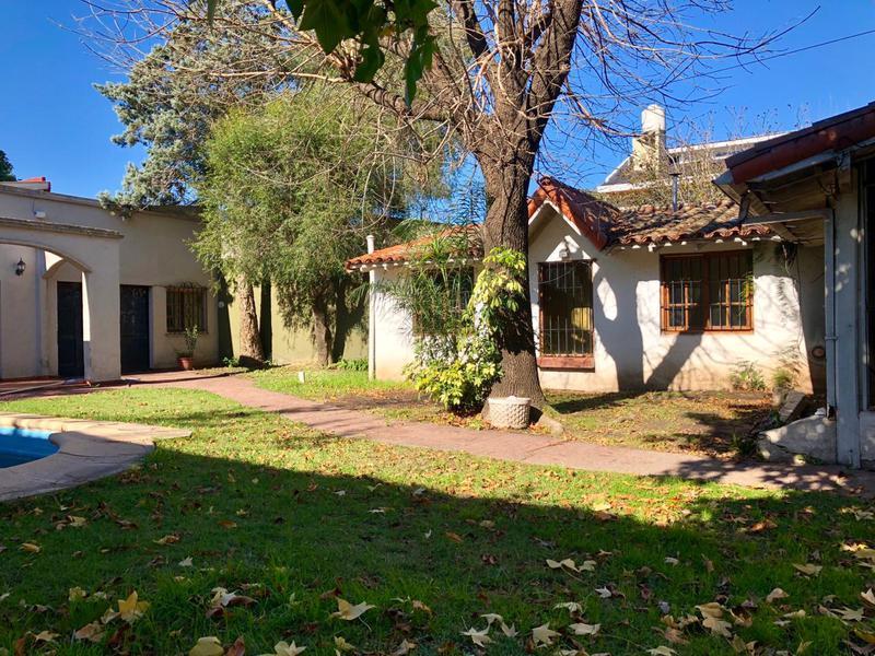 Foto Casa en Venta en  Monte Grande,  Esteban Echeverria  MONTE GRANDE VICENTE LOPEZ  1300