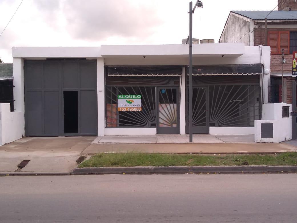 Foto Local en Venta en  Jose Ignacio Diaz Se,  Cordoba  B° JOSE IGNACIO DIAZ II SECCIÓN - Gran Local Comercial - Excelente Ubicación