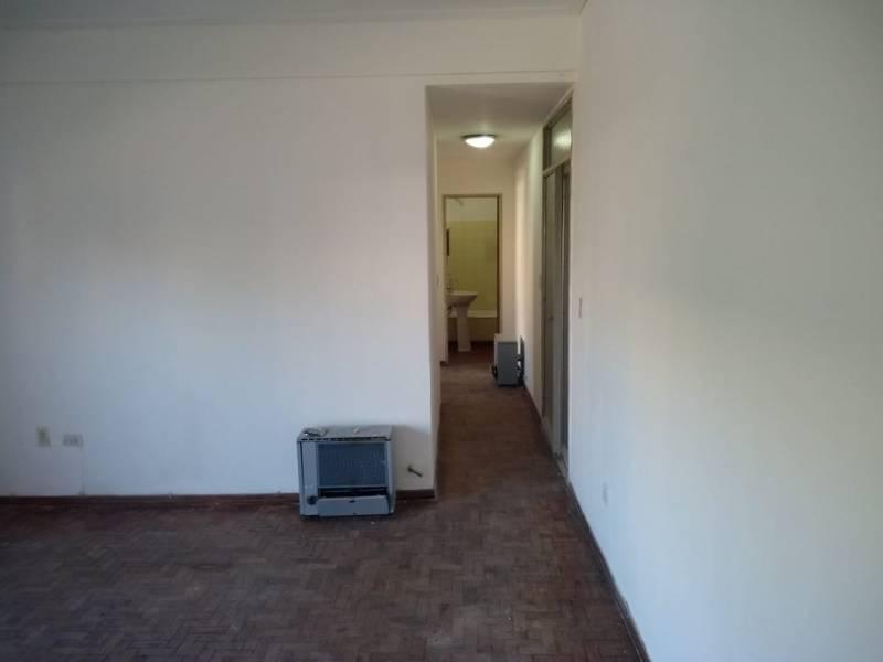 Foto Departamento en Alquiler en  Área Centro Este ,  Capital  SAN LUIS al 300. Departamento en Alquiler