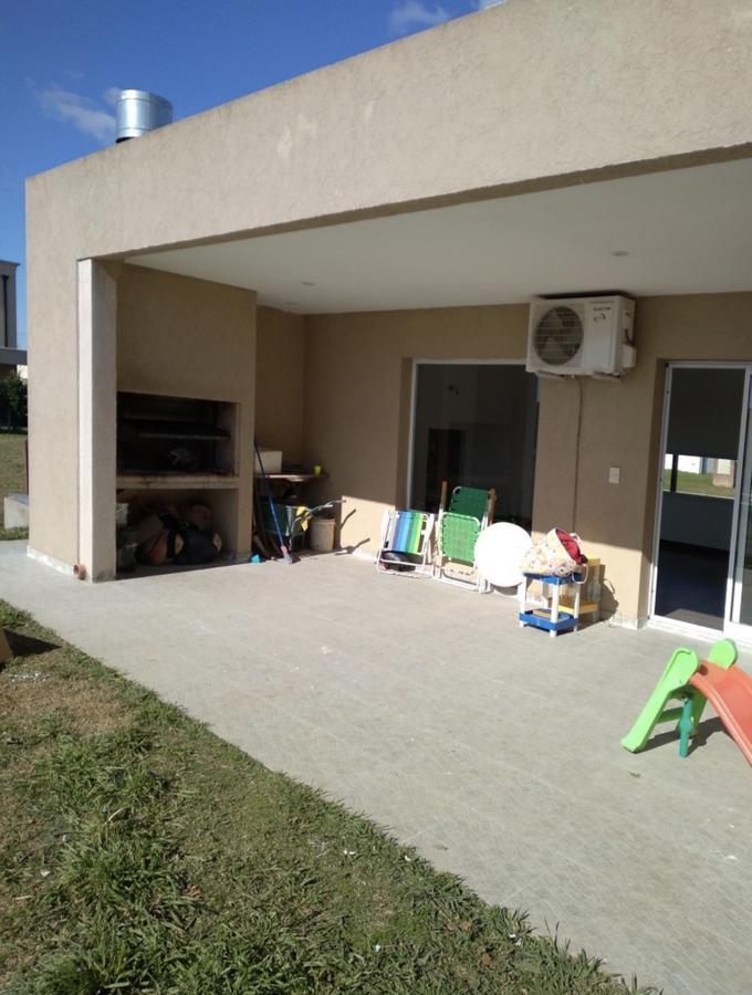 Foto Casa en Alquiler en  Santa Juana,  Canning (E. Echeverria)  Santa Juana