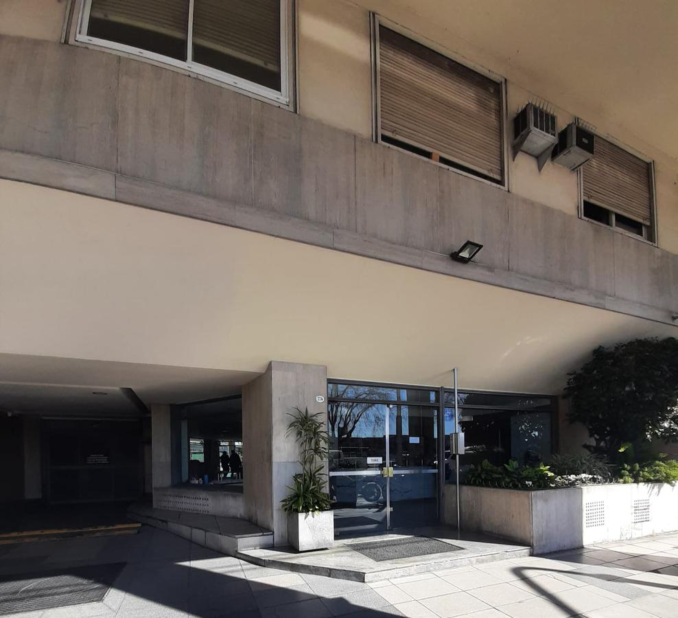 Foto Oficina en Venta en  Recoleta ,  Capital Federal  Libertador al 700