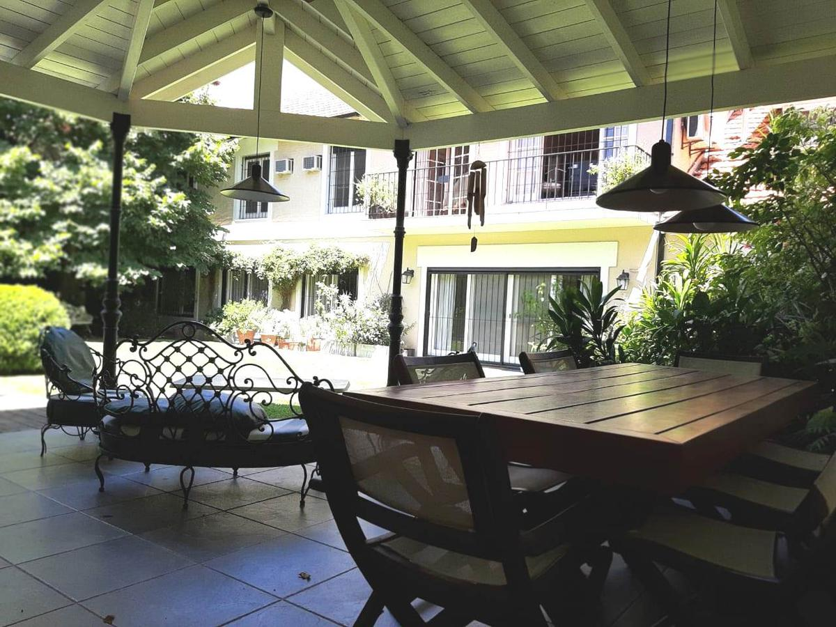 Foto Casa en Venta en  Acas.-Libert./Solis,  Acassuso  Jose C Paz al 500