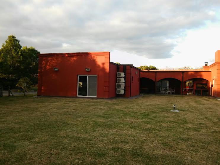 Foto Casa en Venta en  El Nacional Club De Campo,  Countries/B.Cerrado (G. Rodriguez)  Corrientes al 8000