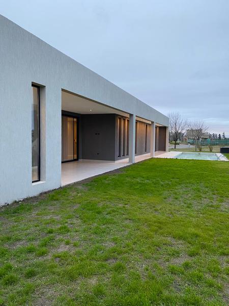 Foto Casa en Venta en  Santa Rita,  San Vicente  Santa Rita