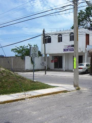 Foto Local en Renta en  Playa del Carmen,  Solidaridad  Local comercial 40 en Renta