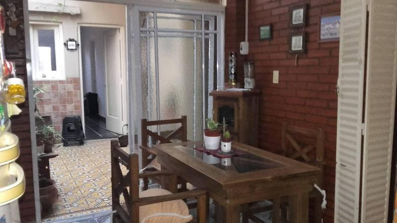 Foto Casa en Venta en  Villa del Parque ,  Capital Federal  Caracas 2580