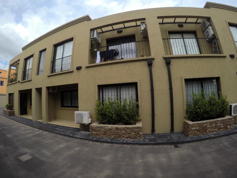 Foto Departamento en Venta en  San Miguel ,  G.B.A. Zona Norte  Charlone al 200