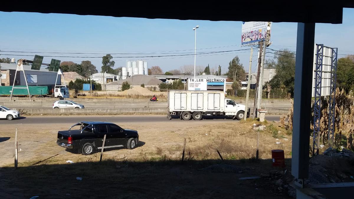 Foto Depósito en Alquiler en  Pilar ,  G.B.A. Zona Norte  Panamericana Km 56.5