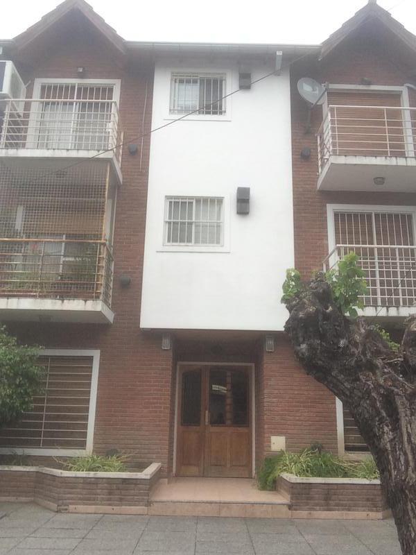 Foto Departamento en Alquiler en  S.Isi.-Centro,  San Isidro  AVELLANEDA al 100
