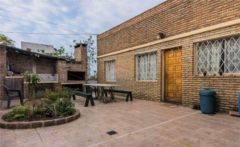 Foto Local en Venta en  Buceo ,  Montevideo  Carlos Lallemand