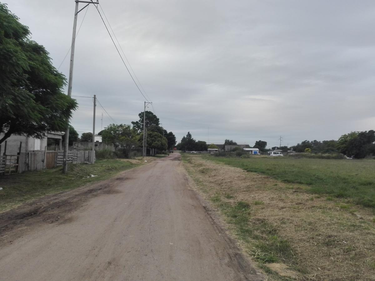 Foto Terreno en Venta en  Malvinas Argentinas,  Colon  San Luis al 800