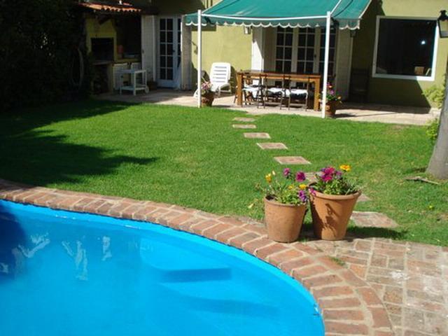 Foto Casa en Alquiler temporario en  Las Lomas-Santa Rita,  Las Lomas de San Isidro  Aguado al 1100