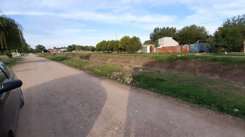 Foto Casa en Venta en  Carlos Spegazzini,  Ezeiza  Hernan Cortes al 1200